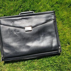 Black Leather Briefcase (Men)